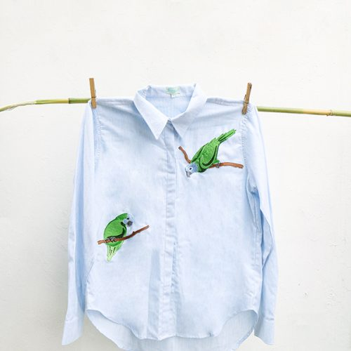 13-Embroidery Loros Verdes- Blue shirt or White Shirt. copy